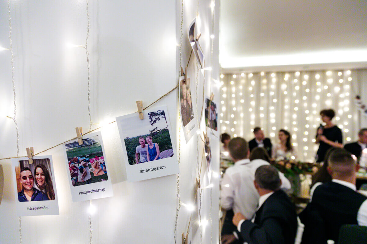 Esküvő fotózás során készült kép Laura és Balázs közös képeiről.