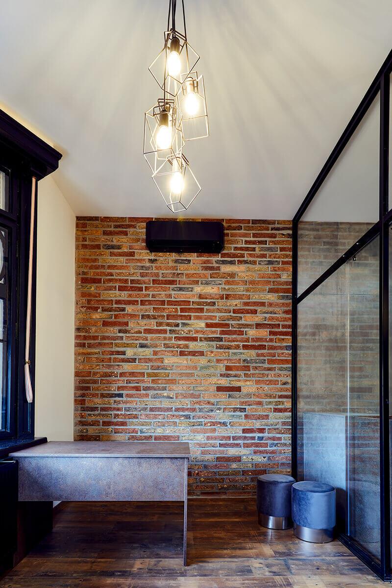 Enteriőr fotózás, lakásfotózás során készítet fotó szobáról.