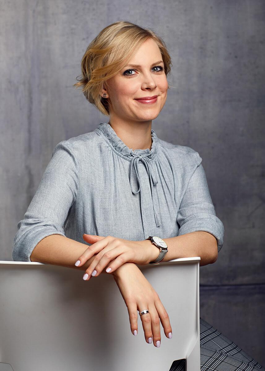 Üzleti portréfotózás során készített fotó a EMG Group munkatársáról.
