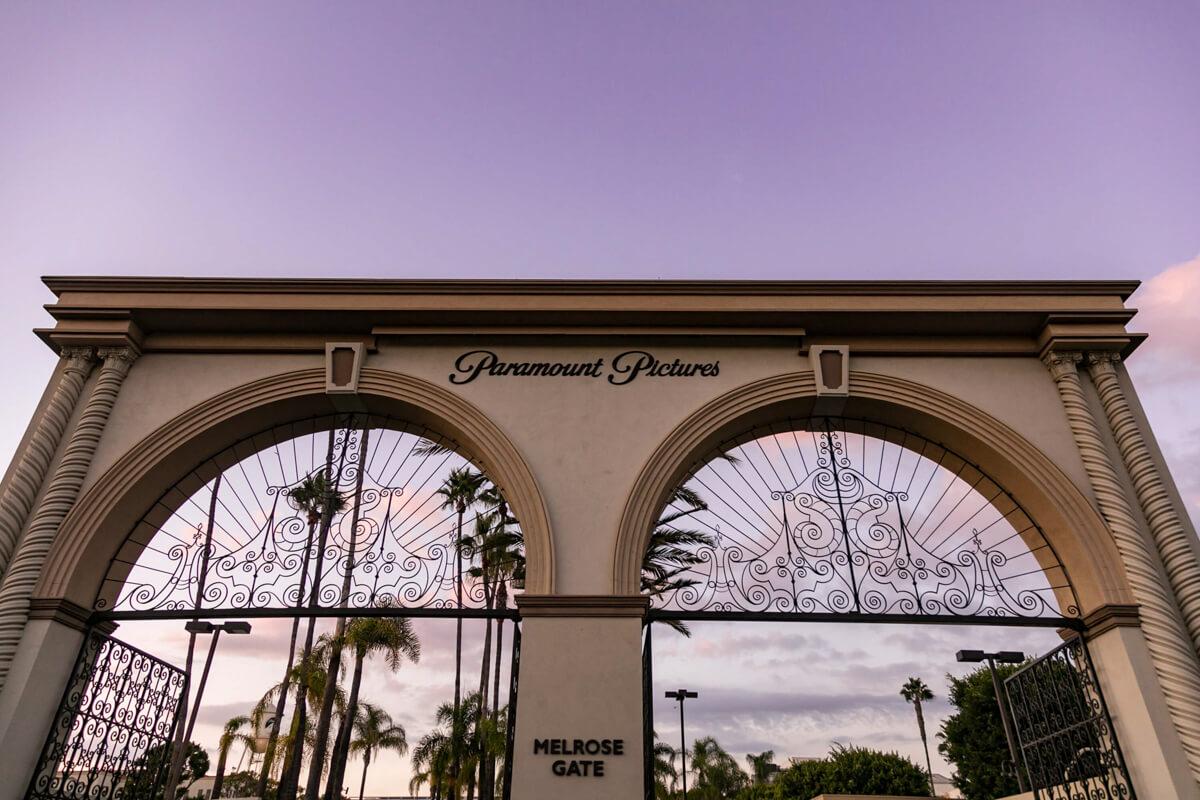 Konferenciafotózás során készült kép a Paramount Pictures Stúdióban.